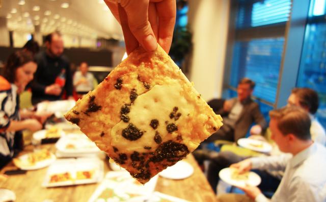 Pizza eten met de baas van de HvA – en een beetje kritiek geven