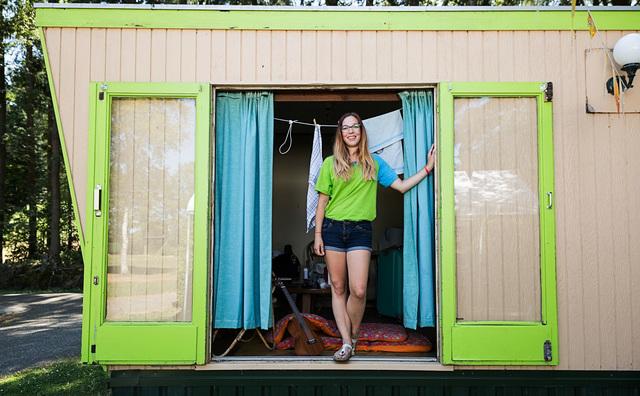 Zomerbaan: Alissya vermaakt vakantievierende kinderen