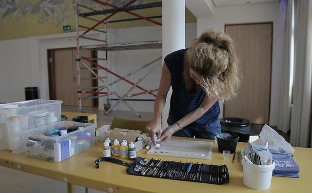De muurschildering in de Kohnstammzaal is straks weer als nieuw