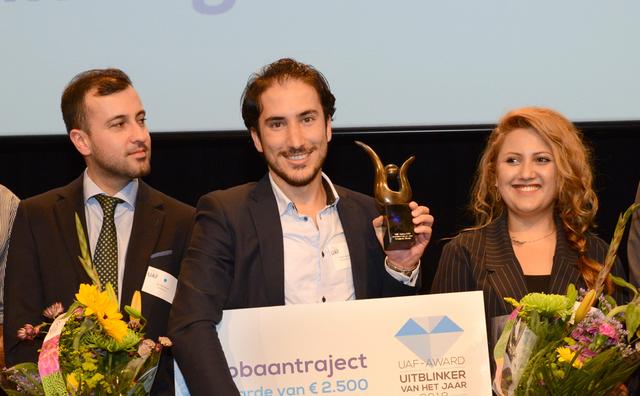 Oud-student Peshmerge Morad wint prijs voor hulp aan medevluchtelingen