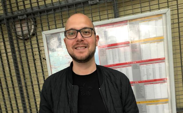 Stage: Michael schrijft voor 100% NL