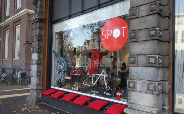 Ondernemende studenten runnen eigen winkel in toeristische binnenstad