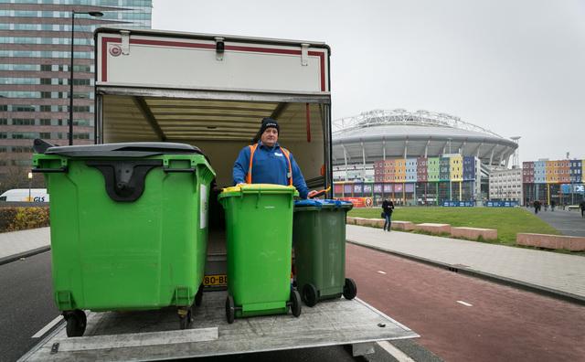 Draait de verwarming van de Fraijlemaborg straks op afval uit de Bijlmer?