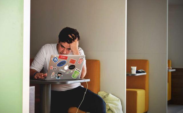Gestrest door je studieschuld? Je bent niet de enige