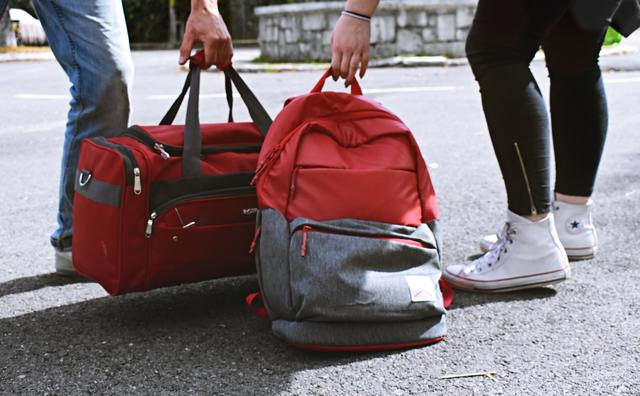 Eerste collegeweek: what's in your (school) bag?