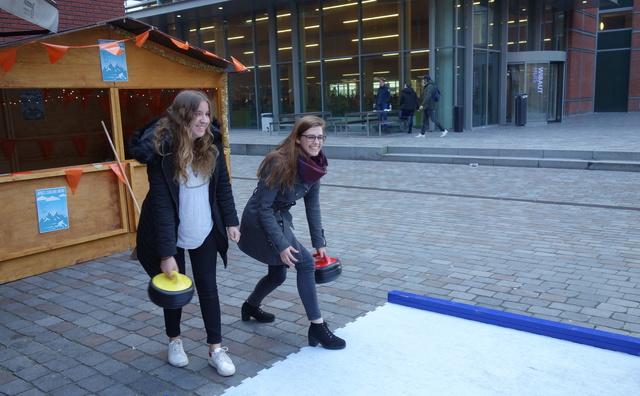 Curling saai? 'Een keer iets anders dan skiën'