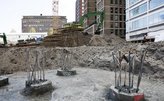 Het Conradhuis komt niet op tijd af, bouw met halfjaar vertraagd