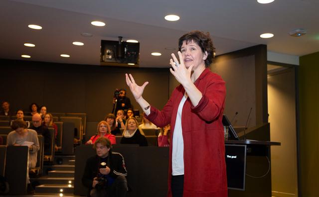 Kate Raworth: 'Amsterdam en HvA zijn koplopers in duurzaamheid'
