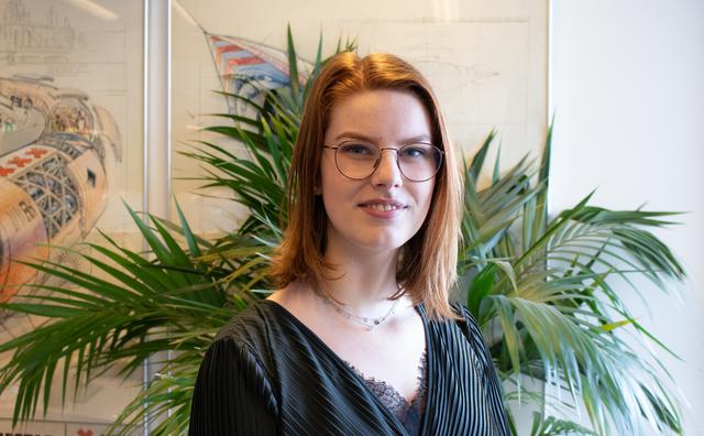 Droombaan: Anne wil de vliegtuigen op Schiphol veilig laten landen