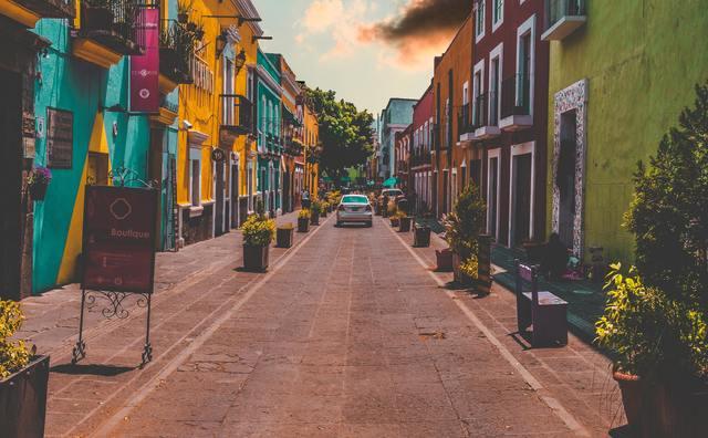 Floor was klaar voor een minor in Mexico, maar eindigt in Groningen