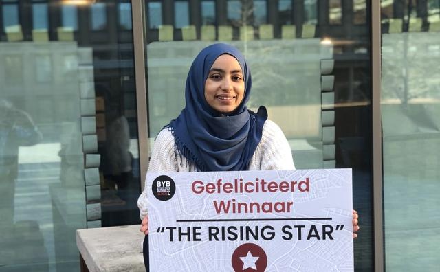 Karima doorbreekt taboe rondom ondergewicht en wint award