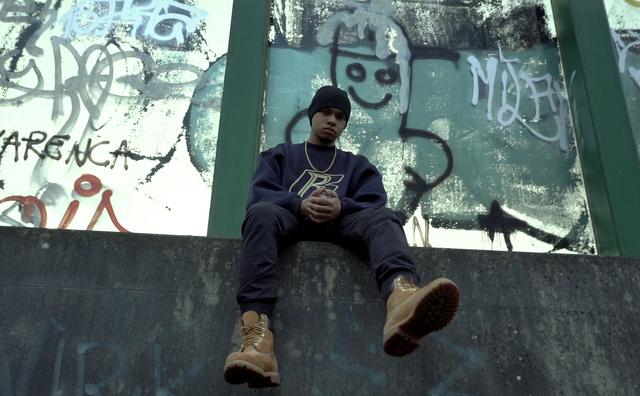Miguel rapt zonder te schelden: 'Niet iedereen dealt in drugs'