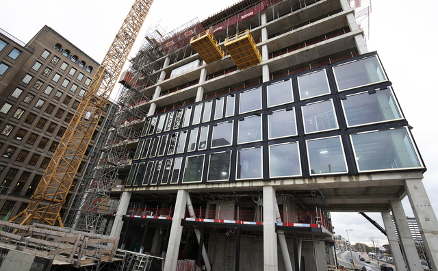 Nog twee verdiepingen te gaan: Het Conradhuis is bijna op het hoogste punt