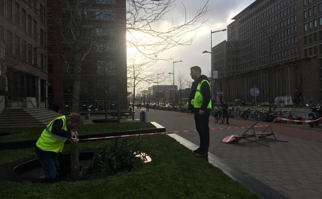 Code rood! Storm trekt over Amsterdam | Liveblog gesloten