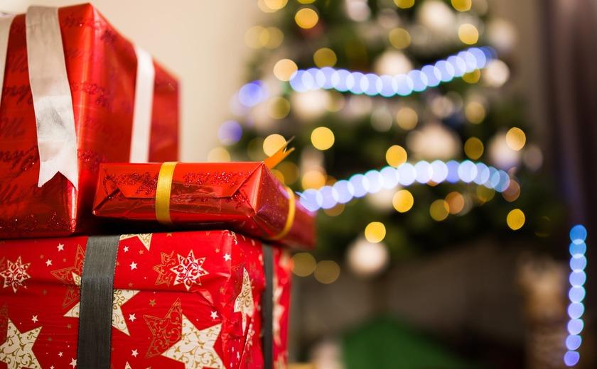 Online kerstcadeautjes bestellen: makkelijk of milieubelastend?