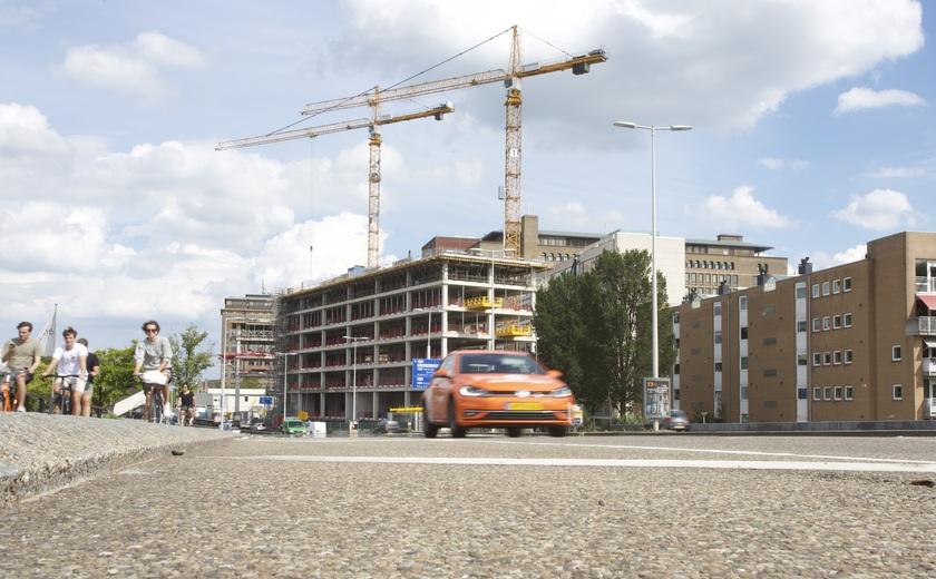Nog zeven van de veertien verdiepingen te gaan: het Conradhuis gaat de hoogte in